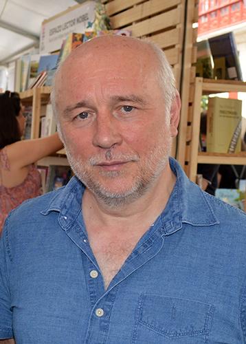 Lourenzo González, Manuel